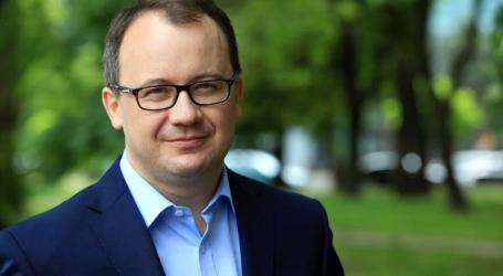 Ο Πολωνός δικηγόρος Άνταμ Μπόντναρ τιμήθηκε με το βραβείο Rafto για τα ανθρώπινα δικαιώματα