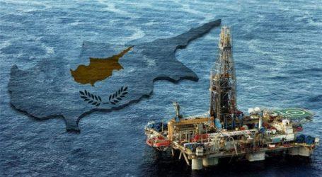 """Βρετανία: """"Ναι"""" στις γεωτρήσεις στην κυπριακή ΑΟΖ"""