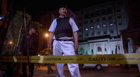 (UPD) Αίγυπτος: Έκρηξη σε τουριστικό λεωφορείο κοντά στις πυραμίδες της Γκίζας – 3 νεκροί και 10 τραυματίες
