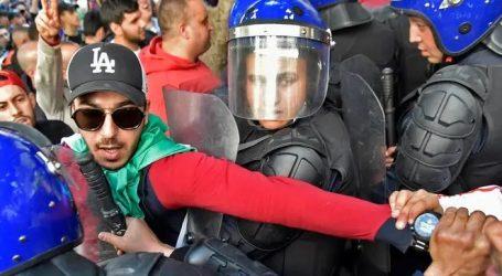 Αλγερία: 183 τραυματίες στις αντικυβερνητικές διαδηλώσεις