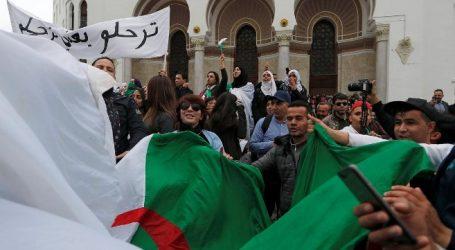 Αλγερία   Ραγδαίες εξελίξεις: Ο Μπουτεφλίκα δεν θα διεκδικήσει πέμπτη προεδρική θητεία – Αναβολή των εκλογών