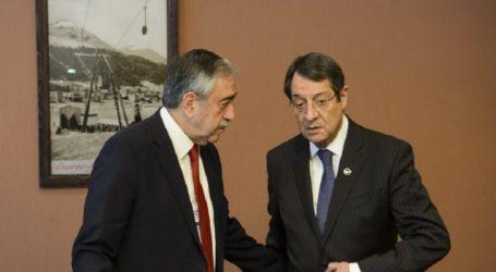 Άνοιγμα νέων σημείων διέλευσης αποφάσισαν Αναστασιάδης και Ακιντζί