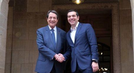 """Συγχαρητήρια Αναστασιάδη σε Τσίπρα για τη Συμφωνία των Πρεσπών: """"Το όνομα έτσι κι αλλιώς είχε δοθεί από το 1992"""" (vid)"""