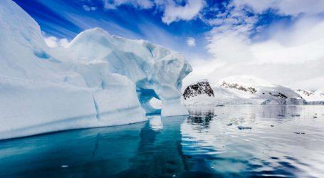 """Το λιώσιμο των καλυμμάτων πάγου της Ανταρκτικής και της Γροιλανδίας ενδέχεται να προκαλέσει κλιματικό """"χάος"""""""