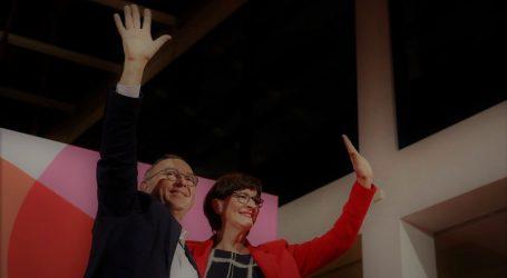 Γερμανία: Ο Νόρμπερτ Βάλτερ – Μπόργιανς και η Σάσκια Έσκεν η νέα ηγεσία του SPD