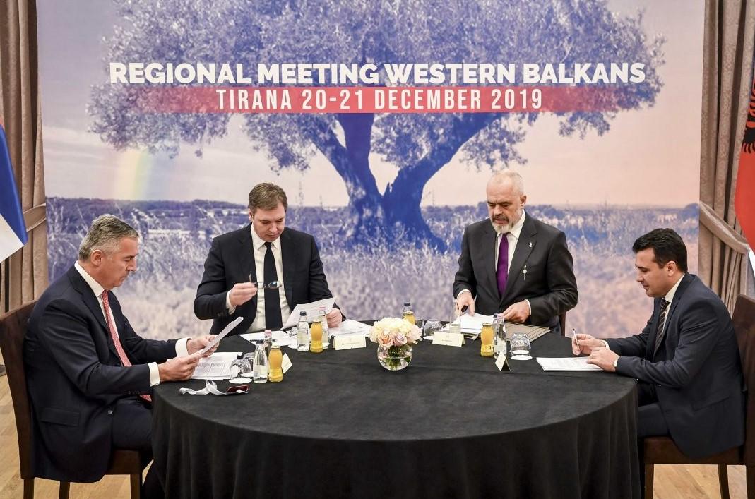 Χάνει η ΕΕ τα Βαλκάνια; – Η ρωσική διείσδυση και το ενδιαφέρον Κίνας, Τουρκίας