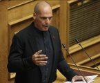 Βαρουφάκης: Θέλουμε ένα Σύνταγμα σύντομο, κρυστάλλινο, δημοκρατικό και ρεαλιστικό