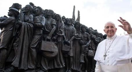 Βατικανό: Ένα γλυπτό για την προσφυγιά, στην πλατεία του Αγίου Πέτρου