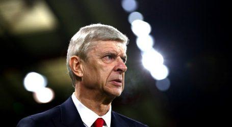 Αναλαμβάνει διευθυντής ποδοσφαίρου στην Παρί Σεν Ζερμέν ο Βενγκέρ