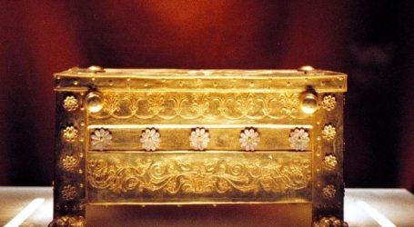 Επανεξέταση των οστών των βασιλικών τάφων της Βεργίνας