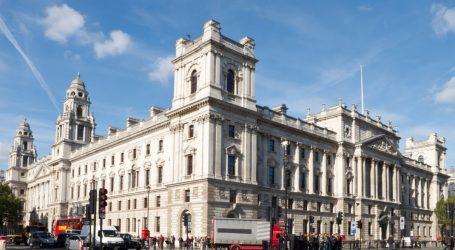Το νομοσχέδιό του για την φορολόγηση των κολοσσών του διαδικτύου παρουσίασε το βρετανικό ΥΠΟΙΚ
