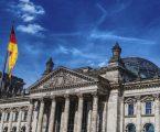 Το Βερολίνο ετοιμάζει εταιρικά ομόλογα με εγγύηση του γερμανικού Δημοσίου