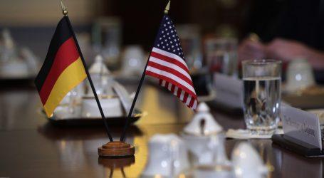 DW: Πως Γερμανία και ΗΠΑ κατασκόπευαν τη μισή υφήλιο
