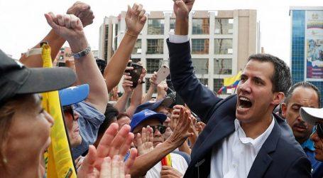 Βενεζουέλα | Ο Μαδούρο κλείνει όλες τις διπλωματικές αντιπροσωπείες στις ΗΠΑ και ζητά διάλογο με την αντιπολίτευση- Στους 26 οι νεκροί (upd)