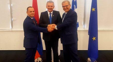 Κύπρος, Ελλάδα και Αρμενία συζήτησαν την εμβάθυνση της συνεργασίας τους στα θέματα της Διασποράς