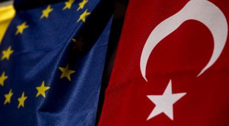 """Διεθνής Τύπος: """"Αμήχανη"""" η Ευρωτουρκική Σύνοδος στη Βάρνα"""