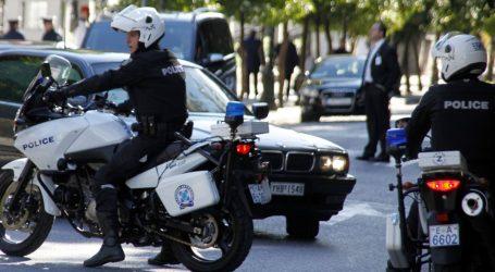 Συναγερμός στην ΕΛ.ΑΣ: Απέδρασαν 4 κρατούμενοι από κλούβα στον Πειραιά