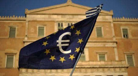 Spiegel: Η Ελλάδα δανείζεται φτηνότερα από τις ΗΠΑ