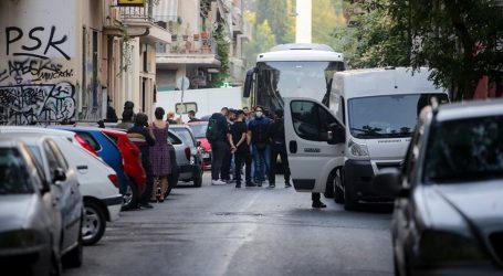 Εξάρχεια: Νέα αστυνομική επιχείρηση για εκκένωση δύο κτιρίων που τελούν υπό κατάληψη