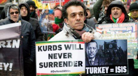 Λονδίνο: Μικρής έκτασης επεισόδια μεταξύ υποστηρικτών και επικριτών του Ερντογάν (vid)