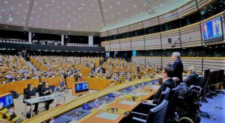 Ευρωκοινοβούλιο: Ψήφισμα υπέρ της έναρξης των ενταξιακών διαπραγματεύσεων με Βόρεια Μακεδονία και Αλβανία
