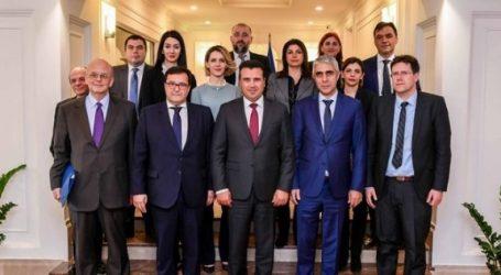 Βόρεια Μακεδονία: Συνάντηση Ζάεφ με τον γ.γ. ΔΟΣ και ΑΣ του ελληνικού ΥΠΕΞ