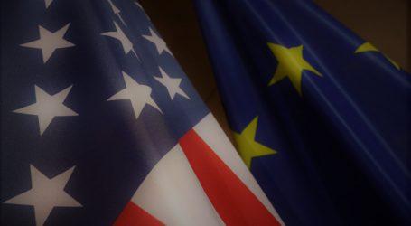 Η ΕΕ υποσχέθηκε να ανταπαντήσει στις αμερικανικές κυρώσεις