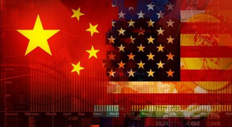 """Εμπόριο: Ξεκίνησαν """"εχθροπραξίες"""" μεταξύ ΗΠΑ και Κίνας"""