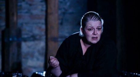 «Η Κυρά της Ρω» του Γιάννη Σκαραγκά στο θέατρο Αυλαία