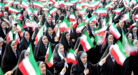 Ιράν: Εκατοντάδες χιλιάδες στις εκδηλώσεις για την επέτειο της ισλαμικής επανάστασης του 1979