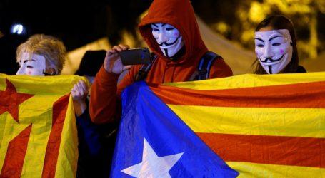 Ισπανία: Στις κάλπες οι πολίτες – Φαβορί το… αδιέξοδο και με φόντο τους Καταλανους