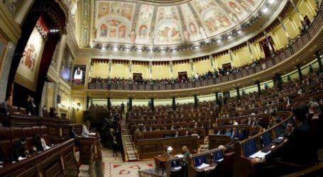 Ισπανία: Αμφίρροπο το εκλογικό αποτέλεσμα, σύμφωνα με δημοσκοπήσεις