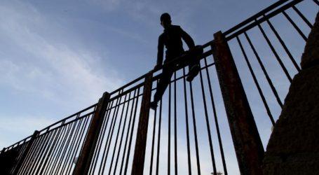 Περίπου 100 μετανάστες προσπάθησαν να μπουν στον ισπανικό θύλακα Μελίγια
