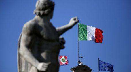 """Έτοιμες οι κυρώσεις κατά της Ιταλίας – """"Άνοιγμα"""" Κόντε προς Κομισιόν"""