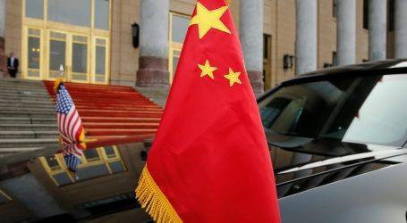 Κινέζοι αξιωματούχοι: Οι δασμοί απειλούν την παγκόσμια οικονομία