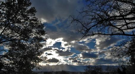 Αρχικά αίθριος ο καιρός – Πρόσκαιρες βροχές από το απόγευμα