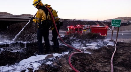 Καλιφόρνια: Μαίνεται η πυρκαγιά – 180.000 πολίτες κλήθηκαν να εγκαταλείψουν τα σπίτια τους
