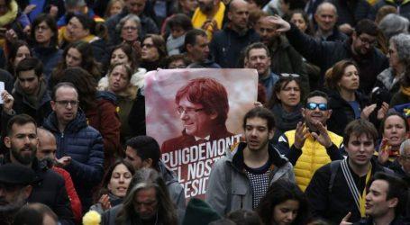 Μετά το Πάσχα η απόφαση του εισαγγελέα για Πουτζντεμόν- Διαδηλώσεις και συγκρούσεις στη Βαρκελώνη