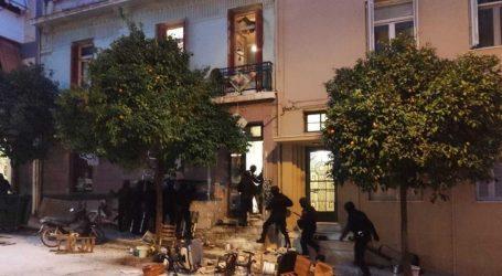 Κατεπείγουσα έρευνα για τις καταγγελίες περί αστυνομικής βίας στο Κουκάκι