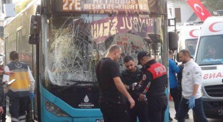 Κωνσταντινούπολη: Οδηγός λεωφορείου παρέσυρε πεζούς και τράβηξε μαχαίρι όταν τον εμπόδισαν να διαφύγει