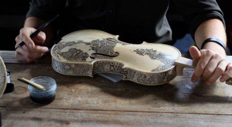 «Καμβάς» τα βιολιά του Λεονάρντο Φρίγκο