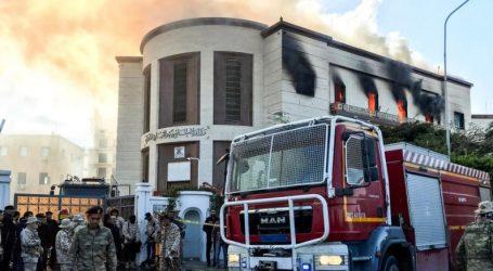 Λιβύη: Το ΙΚ ανέλαβε την ευθύνη για την επίθεση στο υπουργείο Εξωτερικών