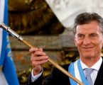Αργεντινή: Ο Μάκρι παίζει τα τελευταία του χαρτιά και παγώνει τις τιμές στα βασικά αγαθά