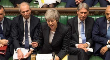 Βρετανία-νίκη Μέι: Εγκρίθηκε η «νέα στρατηγική» για το Brexit που ενδέχεται να οδηγήσει στην αναβολή του