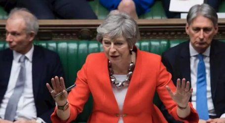 Brexit | Ανάσα για τη Μέι: Οι βουλευτές ενέκριναν την πρόταση Μέι που προβλέπει αναβολή