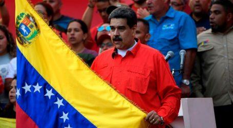 Βενεζουέλα | Μαδούρο: Αποτρέψαμε στρατιωτικό πραξικόπημα – Για «ψέματα» κάνει λόγο ο Γκουαϊδό