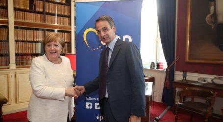 Επίσκεψη Μητσοτάκη στο Βερολίνο στο τέλος Αυγούστου