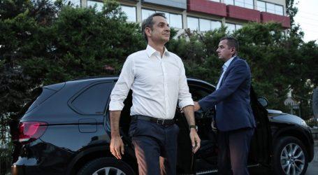 Στη Θεσσαλονίκη ο Μητσοτάκης: Ήρθα να συζητήσουμε για τις ευκαιρίες που παρουσιάζονται στη Β. Ελλάδα