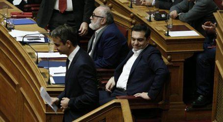 """Δημοσκόπηση Marc: Κλείνει η """"ψαλίδα"""" ανάμεσα σε ΝΔ- ΣΥΡΙΖΑ"""