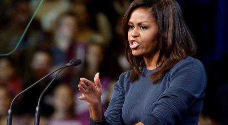 """Μισέλ Ομπάμα: Η προεδρία Τραμπ σαν """"Σαββατοκύριακο με διαζευγμένο πατέρα"""""""